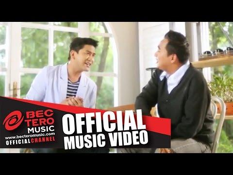 ด้วยมือนี้ [Official Music Video] - สมศักดิ์ เหมรัญ Feat.ป๋อ ณัฐวุฒิ สกิดใจ