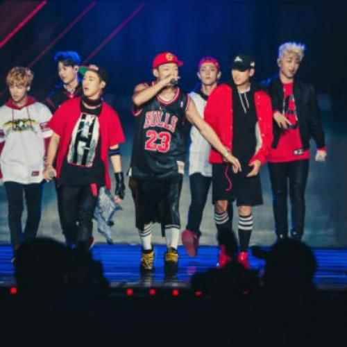 iKON เปิดตัวอย่างเป็นทางการด้วยแฟนๆ 13,000 คนในเดบิวคอนเสิร์ต!