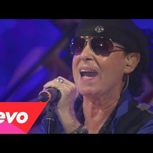 Scorpions - Dancing with the Moonlight
