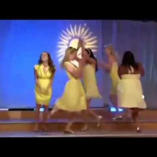 Glee - Halo Walking On Sunshine